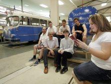 Im selben Jahr organisierte mein bester Freund Torsten Schmidt für mich eine Lesung im Verkehrsmuseum Frankfurt-Schwanheim - und meine Kollegin Katharina Kullmer war vor Ort und berichtete für die Stadtausgabe der FNP.
