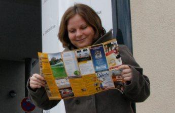 """Ab Januar 2012 war ich im Rahmen meines Volontariats drei Monate in der FNP-Redaktion in Limburg. Die Kollegen fanden, man könne die Tatsache, dass ich völlig verwirrt war und mich permanent in den Gassen der Altstadt verlief, genausogut nutzen. Für die Reportage """"Limburg auf den ersten Blick"""" durfte ich mich absichtlich einen ganzen Tag lang verlaufen - und fand mich so künftig wesentlich besser zurecht. Foto: Julia Bloching"""