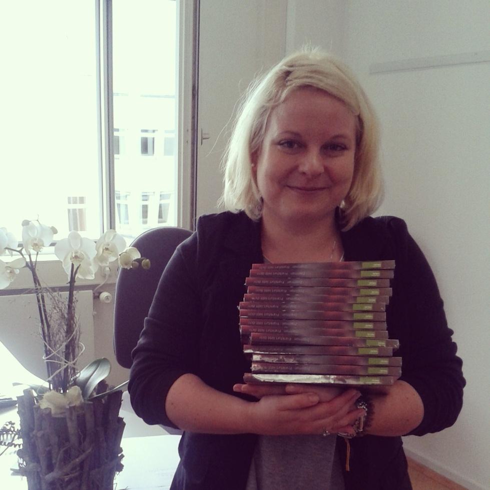 Anne mit Büchern