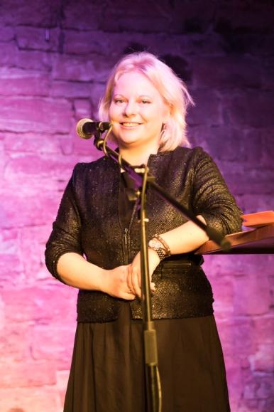 Anne auf der Bühne 4