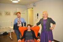Mädels mit Sessel