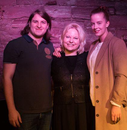 Buchteam: Robin Kehl, Anne und Model Deliah. Foto: Privat