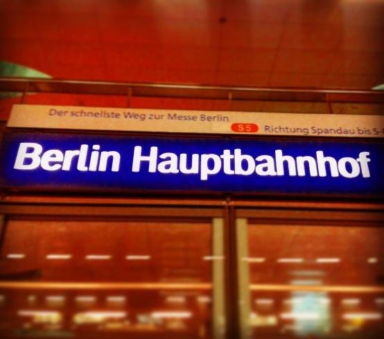 Berlin - Frankfurt - Berlin - Frankfurt ... Von Februar bis April bin ich regelmäßig zwischen der Redaktion in Neu-Isenburg und der Hauptstadtredaktion hin und her gependelt.