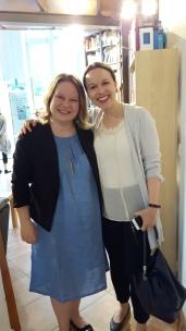 Anne und Besucherin Silke bei der Berlin-Lesung.