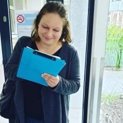 ... hier interviewe ich in einer Klinik in Hannover im Spätsommer 2019 eine angehende Krankenschwester ...